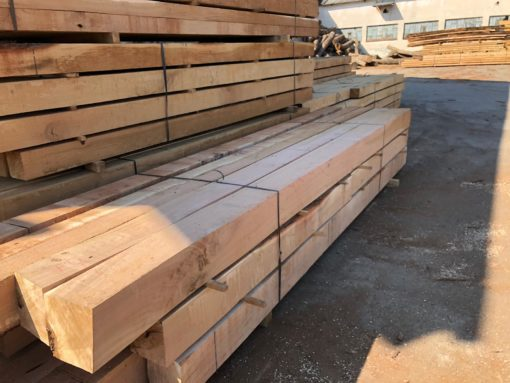 Green Oak Structural Beams - Fresh Sawn 200mm x 200mm / 8 Inches x 8 Inches Our fresh cut green oak beams are ideal for structural use both internal and external projects. These green oak beams are unseasoned and will be of a higher moisture content which makes these beams easier to cut into custom profiles, shapes required to suit. Hampshire, Sussex, Surrey, Dorset, Wiltshire, Somerset, Berkshire, Cotswolds, Gloucestershire