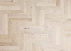 Bespoke Engineered Oak Herringbone Parquet - Aged - Villes herringbone (TT)
