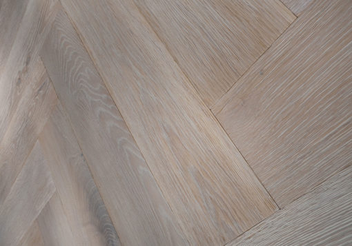 Limed Oak Finish Oak Herringbone Blocks