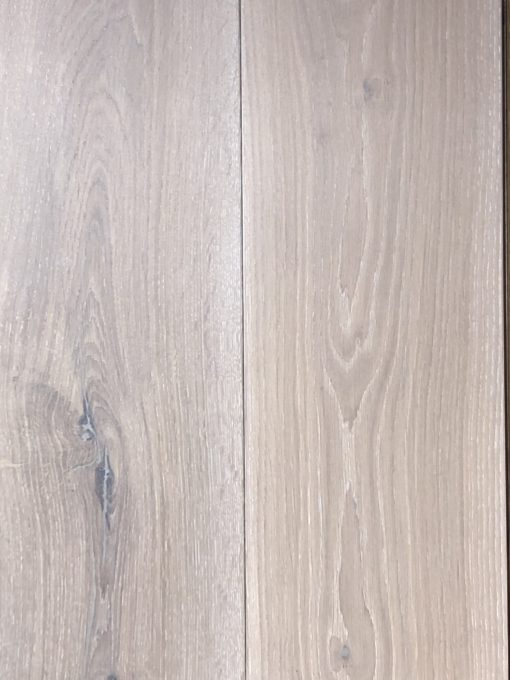Fine Wide Engineered Oak Wood Flooring / Planks with a Brushed & White Hardwax Oil Finish available from Original Oak Flooring in Wiltshire. Visit and explore our showrooms with large wood flooring display panels. Nationwide Delivery - P.IEEE-FSSTAKIBRUWHI