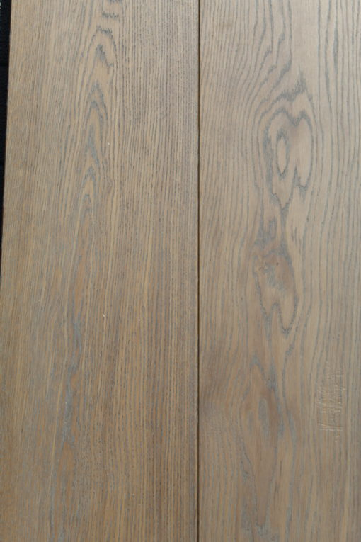 FINE QUALITY WIDE ENGINEERED OAK WOOD FLOORING WITH GREY TONE HARDWAX OIL FINISH 220mm x 20mm x 2400mm P.CGEE GREYSTONESTAKI
