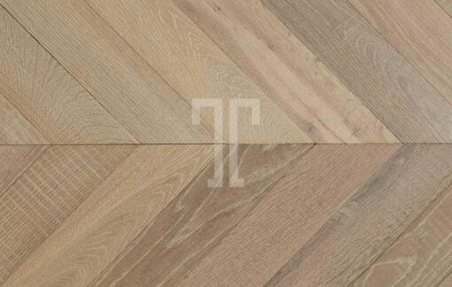 Fine Engineered Oak Chevron Parquet Wood Floors - Lauzes-PDV